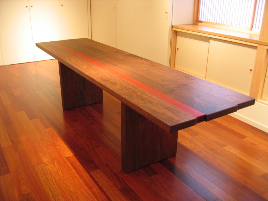 Table-KUMI